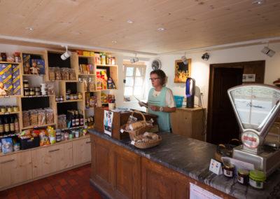 la boutique... comme disent les gens du village